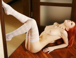 Одинокие голие женщини и их пошлые мыслишки