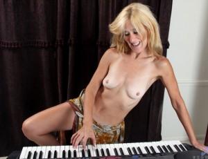 Интересное фото голих женщин за 50