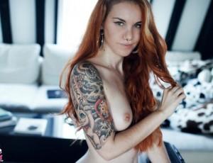 Рыженькие молоденькие писки в татуировках