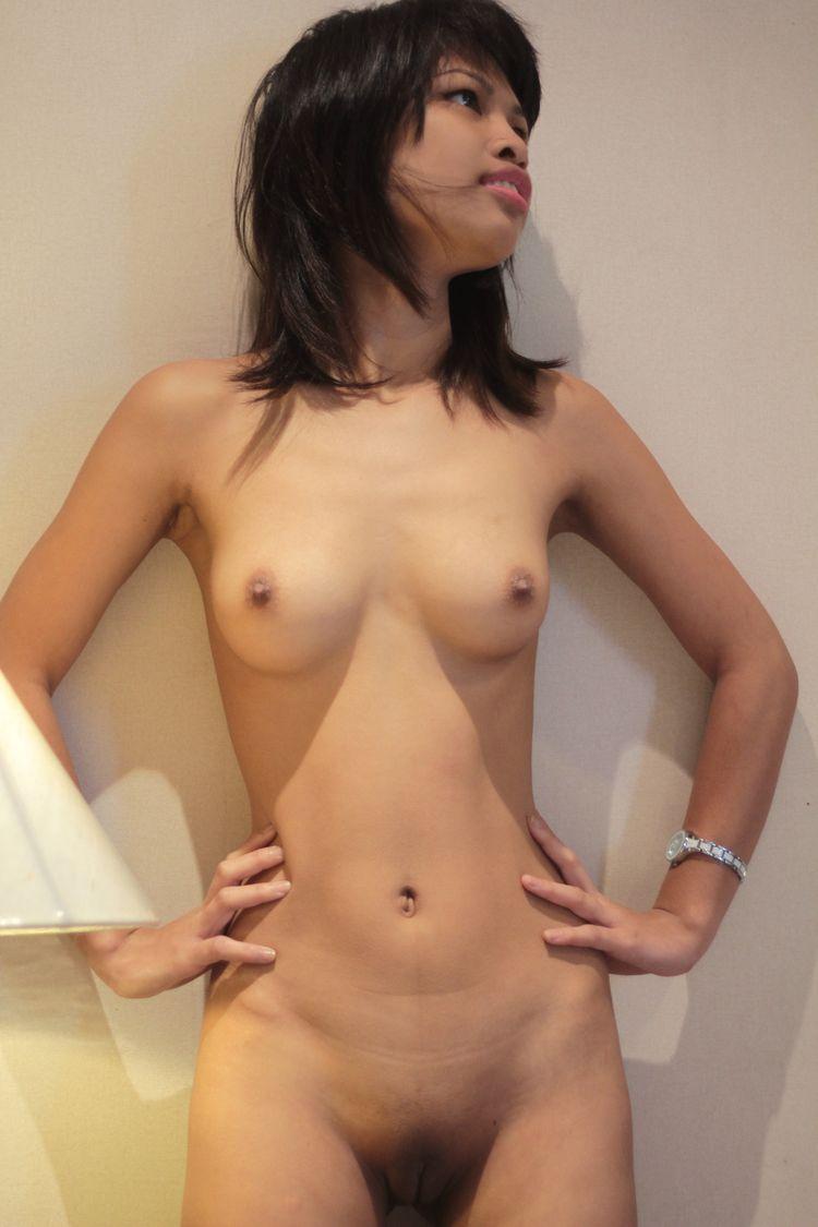 молодые голое тело: