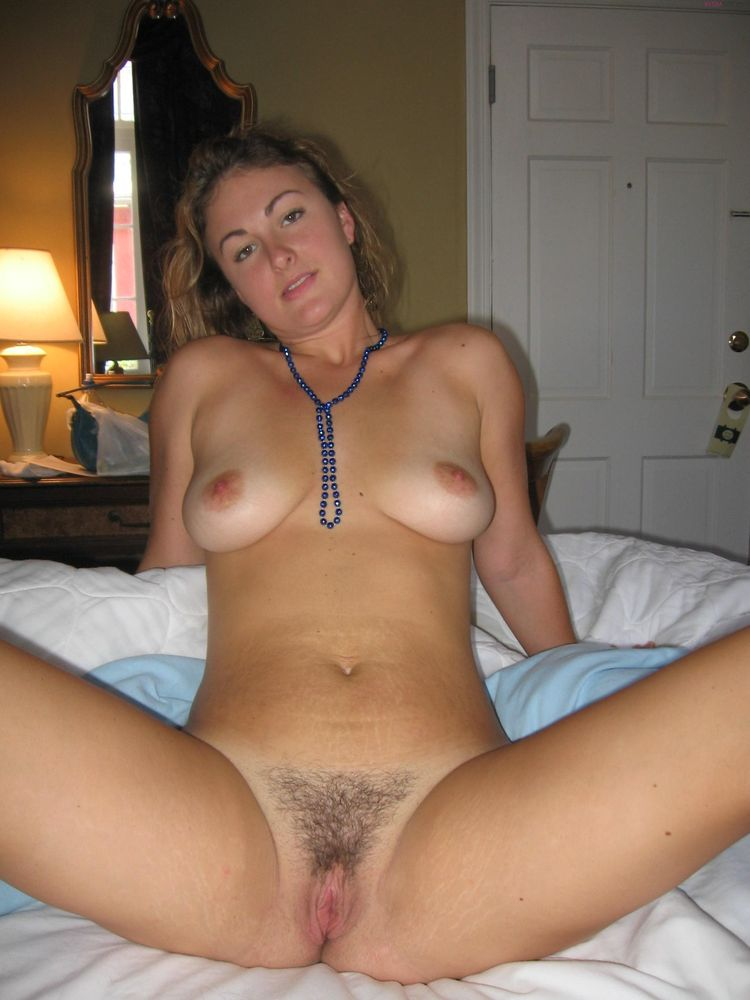 Лохматый лобок жены фото 6-84