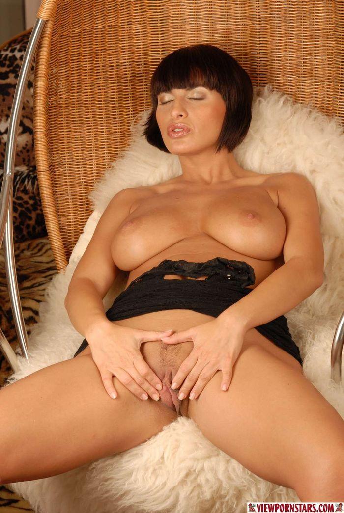 Фото груди зрелой красавицы