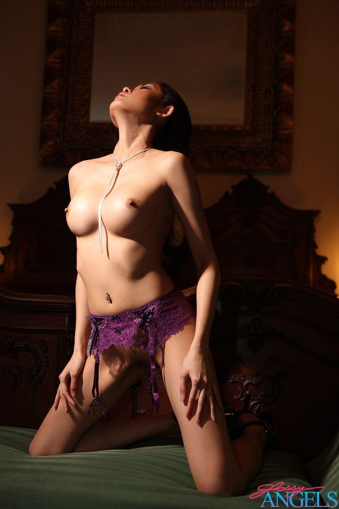 Безумно красивые голые азиятки сводят с ума