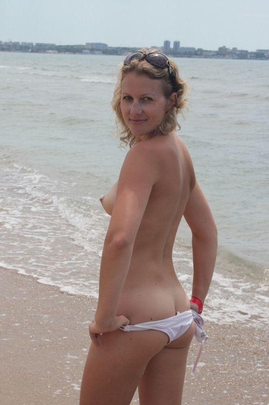 Фото зрелих женщин на нудистском пляже