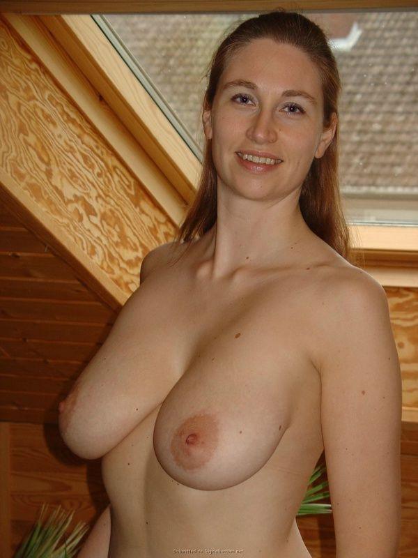 Симпотные фото голые волосатые бабы дома