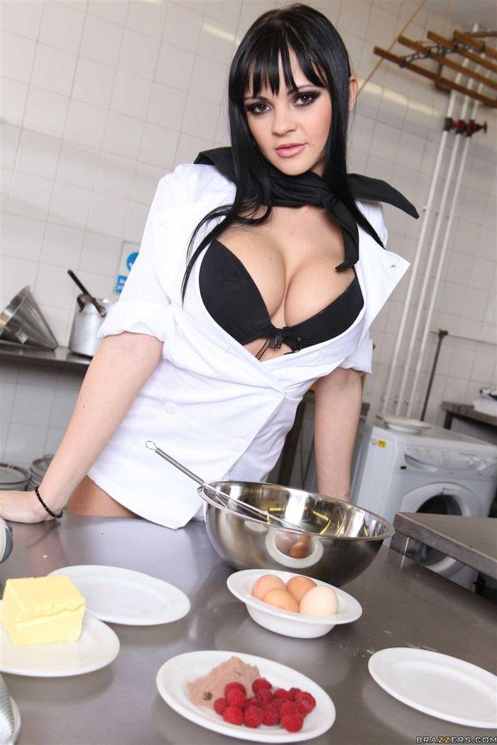 Anastasia Brill приготовит тебе нечто пикантное